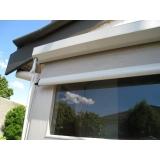 manutenção de persiana externa