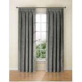 serviço limpeza de cortinas e persianas Residencial Doze
